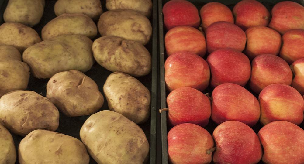Consumer Alert: GMO Apples & Potatoes are a Public Health Risk   Natural Health 365