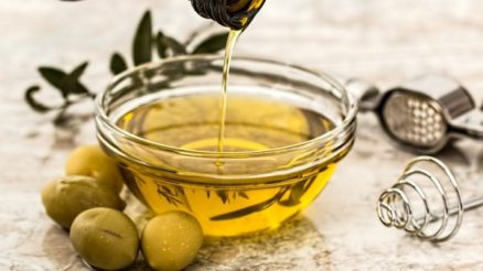 Olive-oil-e1496929818351