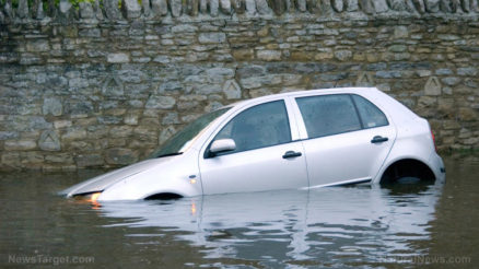 Flood-Car-Water