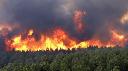 wildfires-are-tearing-through-colorado-springs-again-1