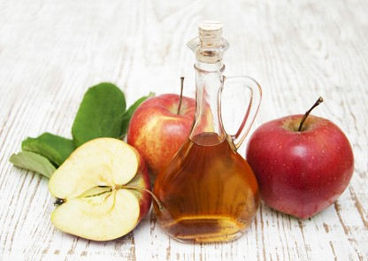 3 Apple Cider Vinegar Benefits: How to Have a Healthier Heart, Better Blood Sugar, and Lose Weight, Too